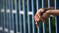 El Salvador: prisión para coyote por promover caravanas