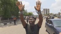 AP: reportan manifestantes baleados a muerte en Nigeria