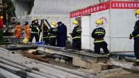 China: sigue búsqueda de más de 20 obreros atrapados tras explosión en una mina